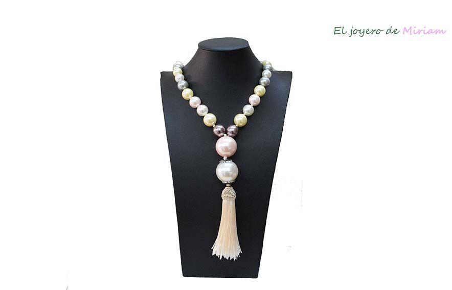 70142ab377c1 Collar perlas y flecos -